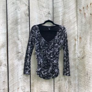Kenneth Cole Reaction | long sleeve top w/ overlay